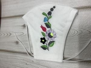 Maszk textil mosható,  egyedileg hímzett